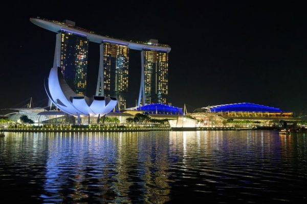 quiet places in singapore marina bay