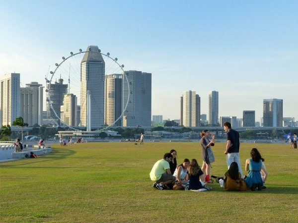 quiet places in singapore marina barrage