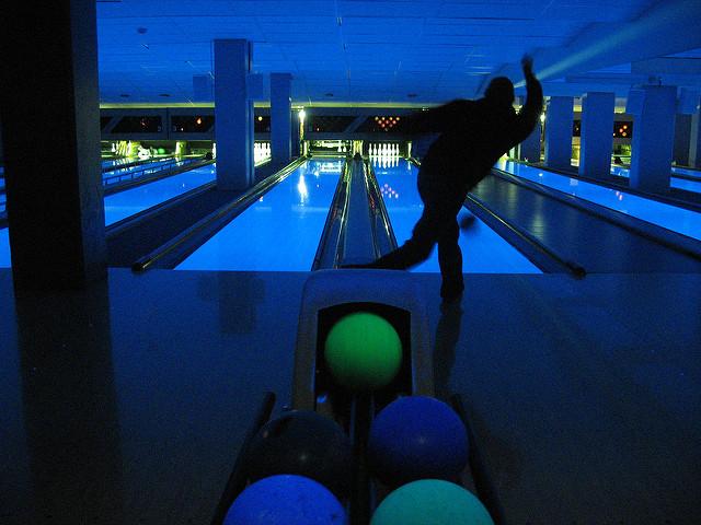 cosmic bowling singapore