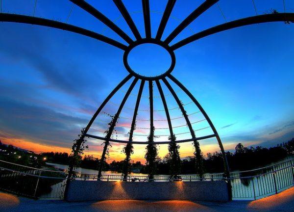 places to take photos in singapore punggol waterway park night view