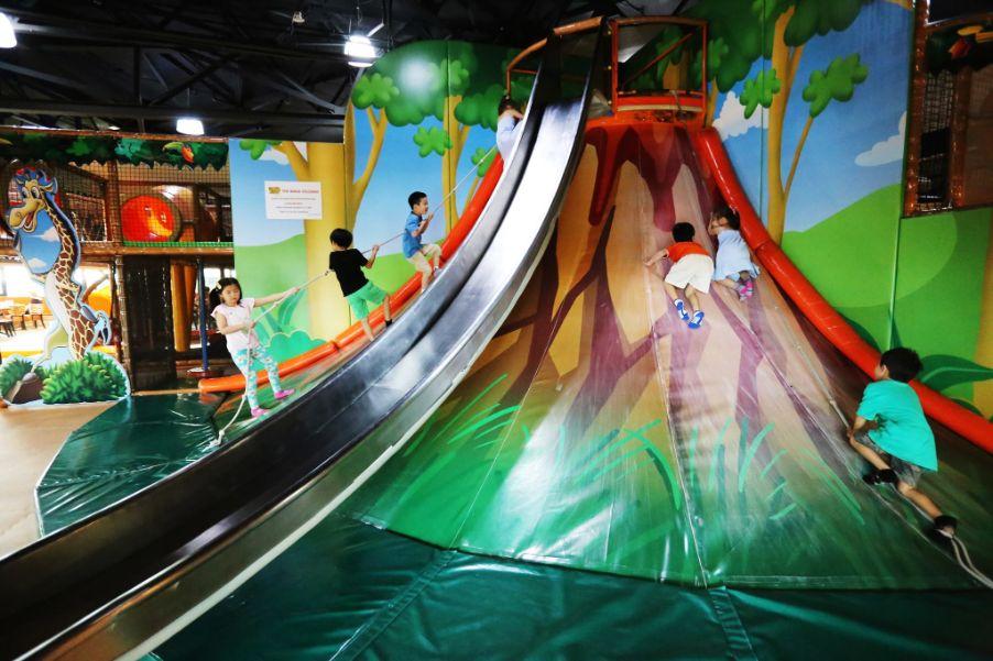 waka waka indoor playground singapore