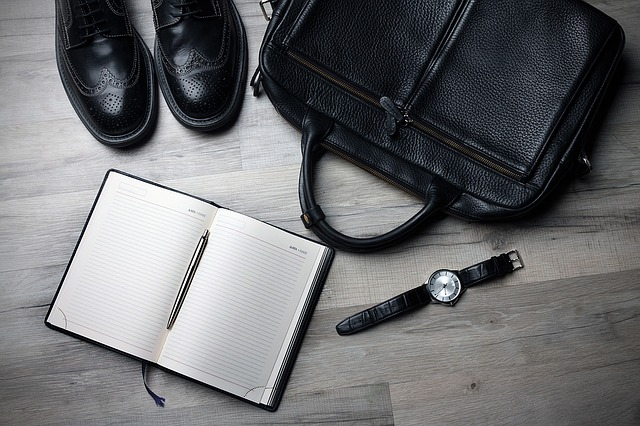 briefcase notebook work christmas gift idea