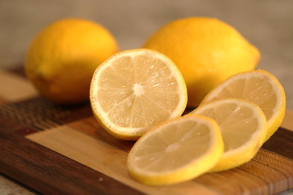 lemon aromatherapy best essential oil