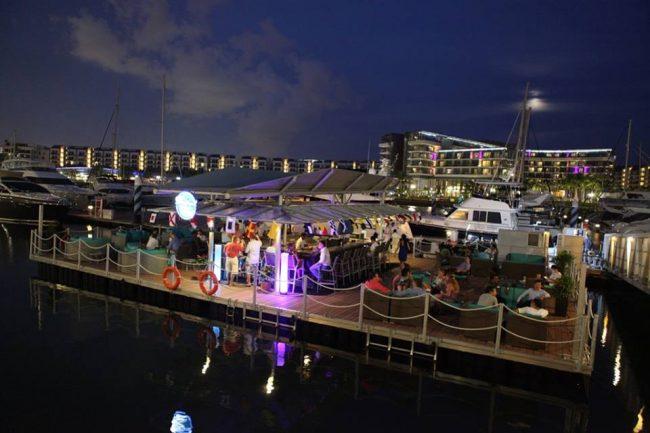 unique wedding venues singapore boaters bar romantic