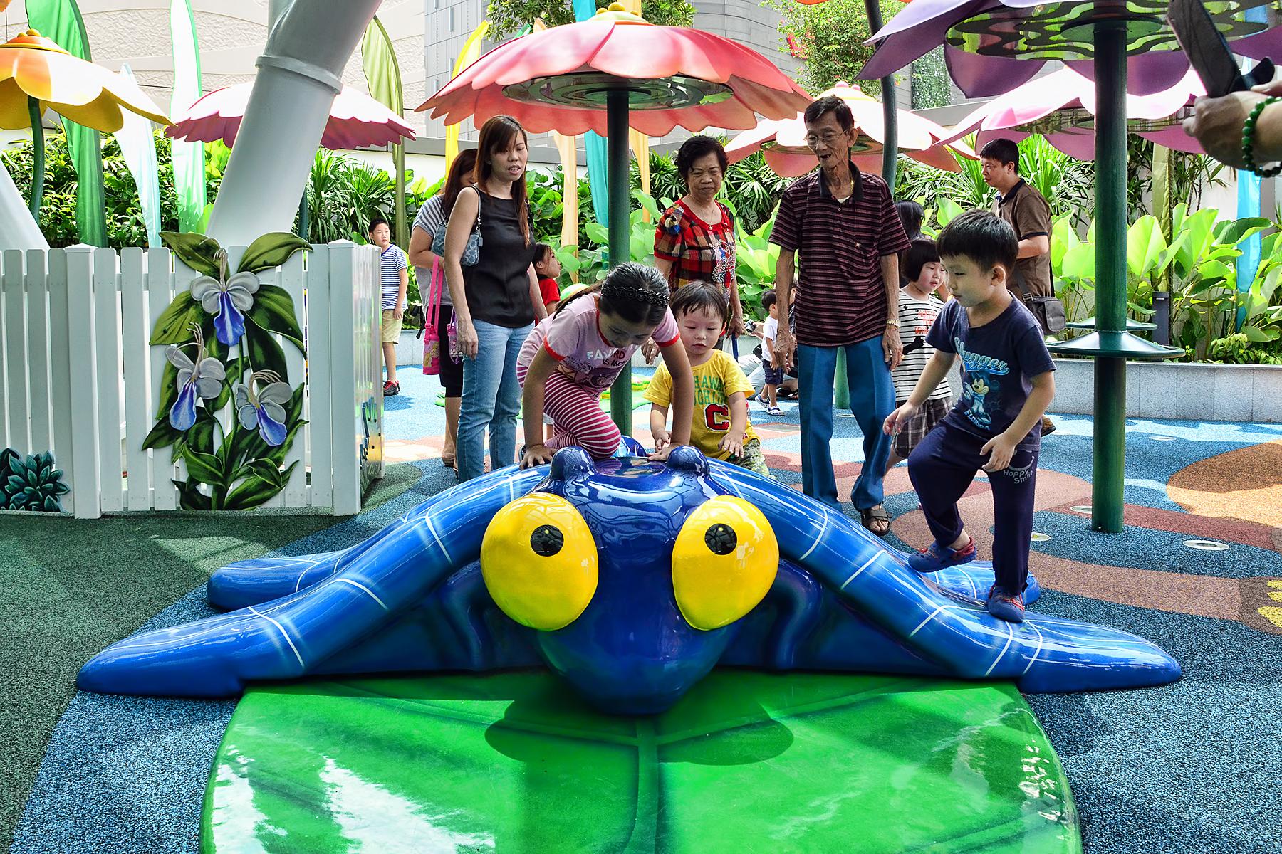 westgate wonderland outdoor playground singapore