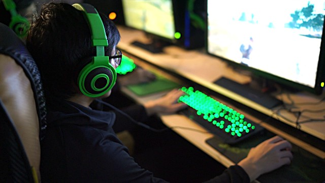 best gaming headset green keyboard light up