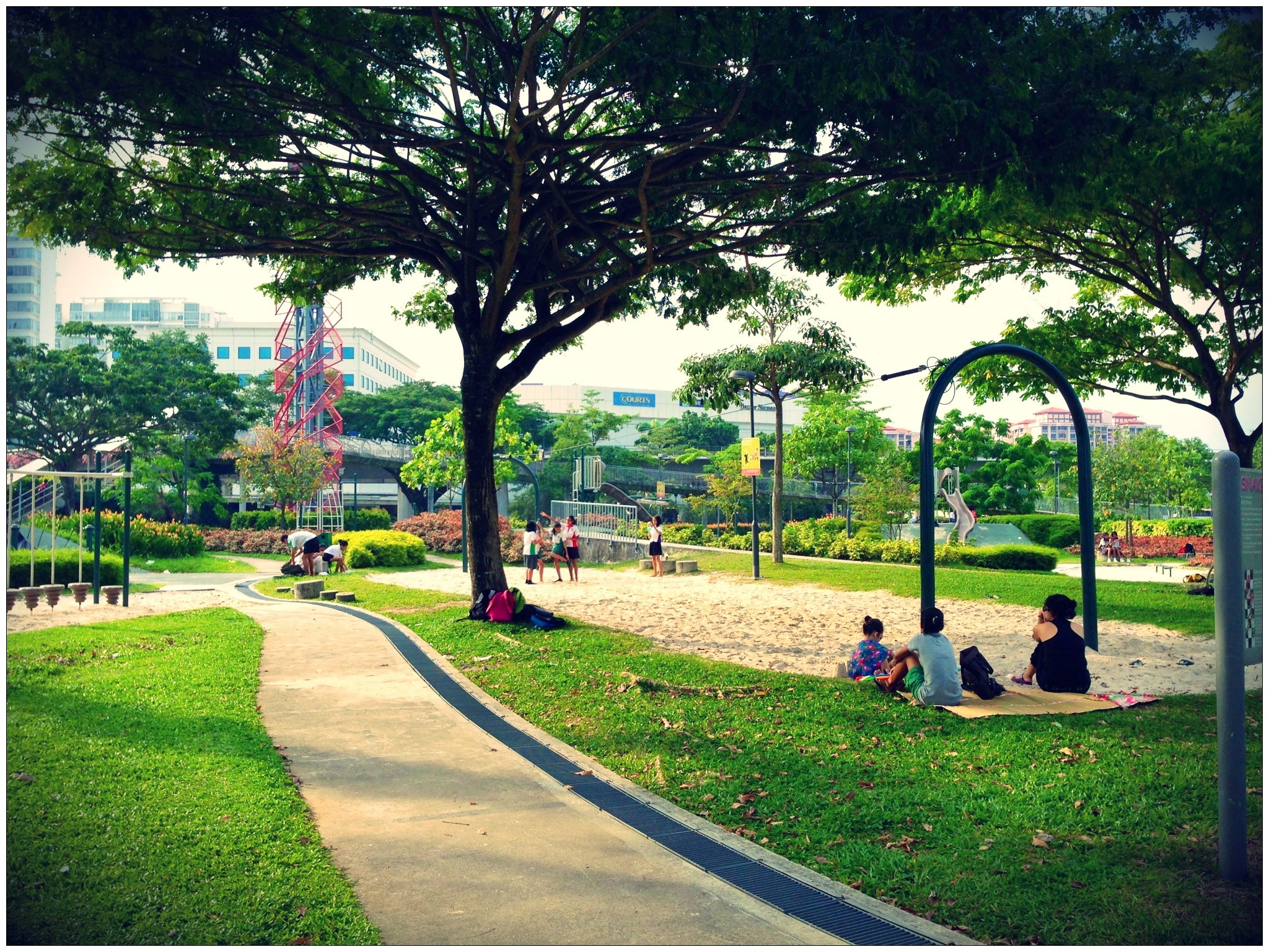 jurong central park outdoor playground singapore