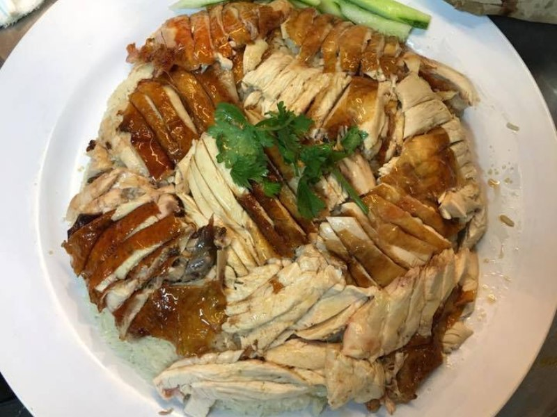free food in singapore chicken rice