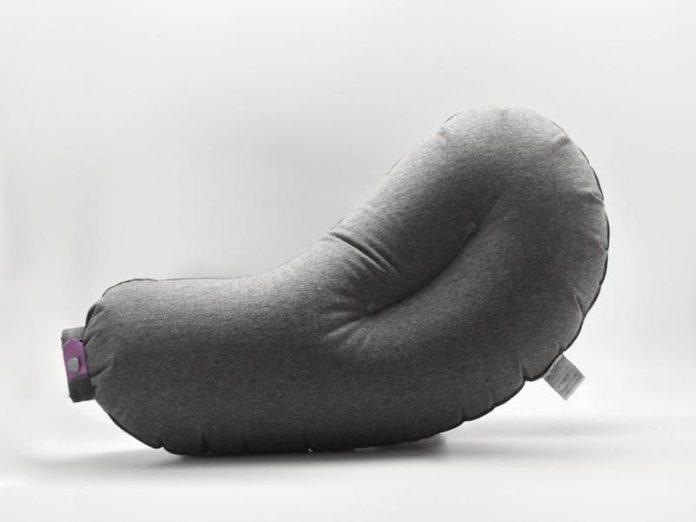 aubergine best travel pillows featured
