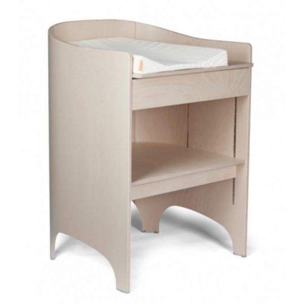 newborn checklist leander changing table diaper change