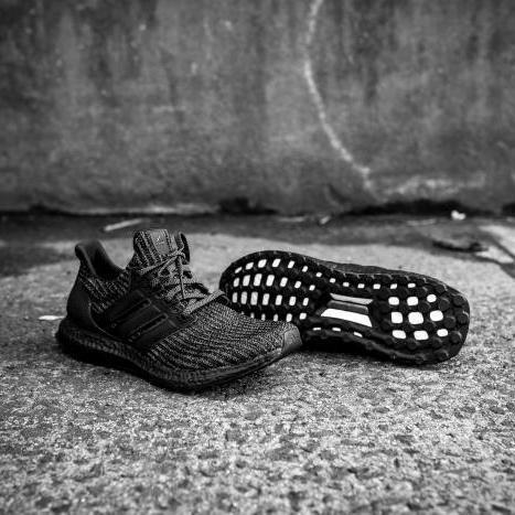 Adidas Ultraboost 4.0 Triple Black Primeknit