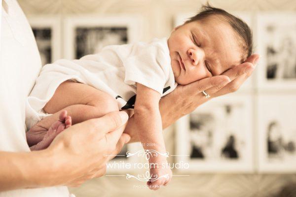 newborn photography singapore white room studio baby