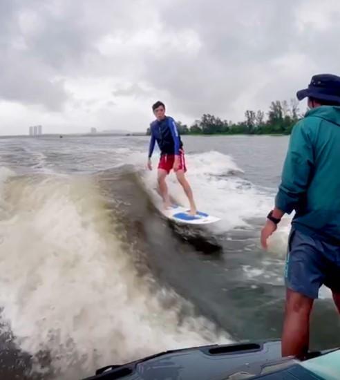 wakesurfing water sports singapore