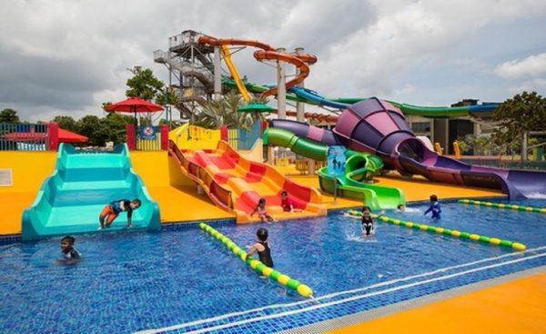2020 december school holidays kids activities wild wild wet swimming