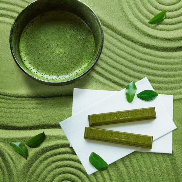 green tea kit kat best japanese snacks
