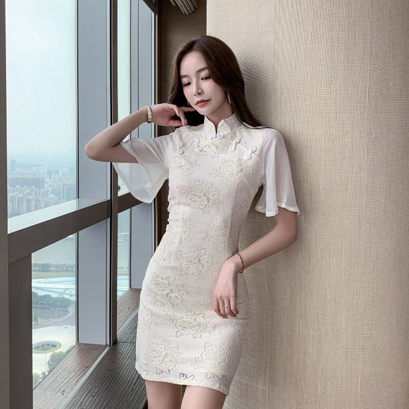 Clarette Flutter Sleeves Cheongsam