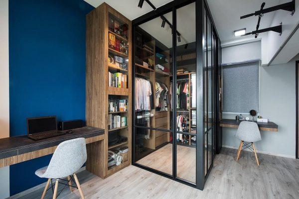 walk-in wardrobe ideas blue walls enclosed design glass panels