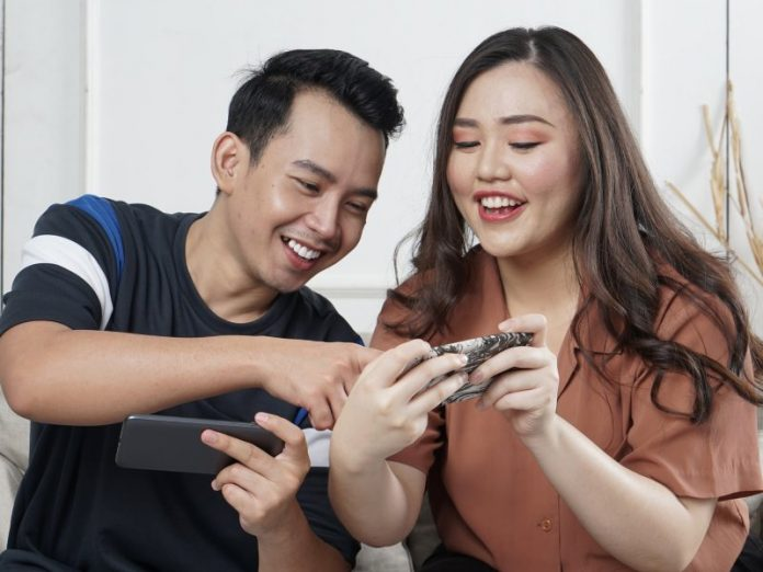 fun couple games online to play together