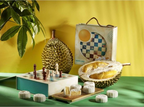mdm ling bakery mao shan wang durian snowskin mooncake chess snakes and ladder box mid autumn festival singapore 2021