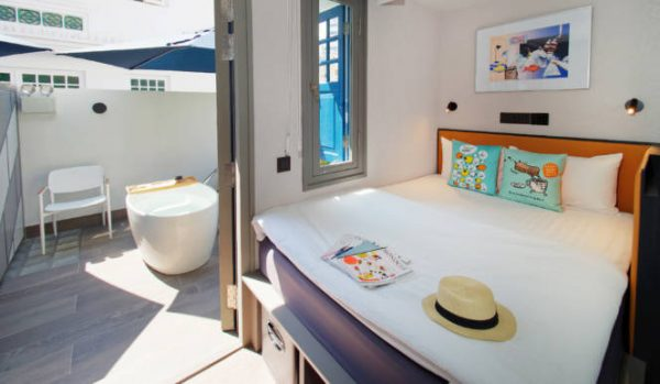 soloha hotel best staycation singapore deal outdoor tub