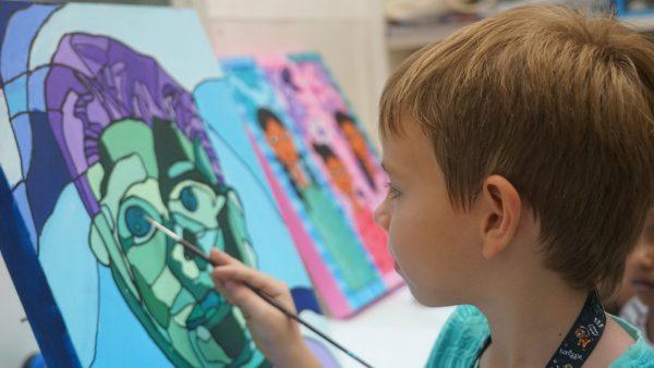 art jamming singapore kids little artists art studio boy painting