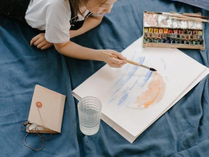 art jamming singapore kids girl painting sunset