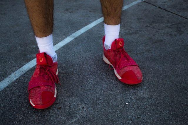 how to choose the best socks for running