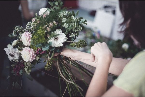 poppy studio floral arrangement class singapore mothers day