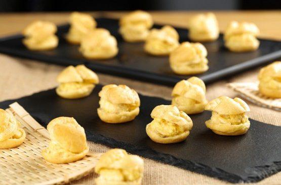 four seasons best durian puff singapore takeaway