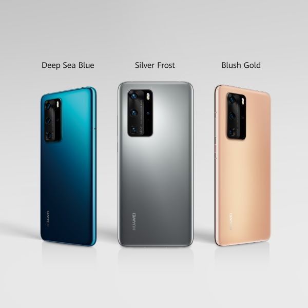 Huawei P40 Pro in deep sea blue, silver frost and blush gold