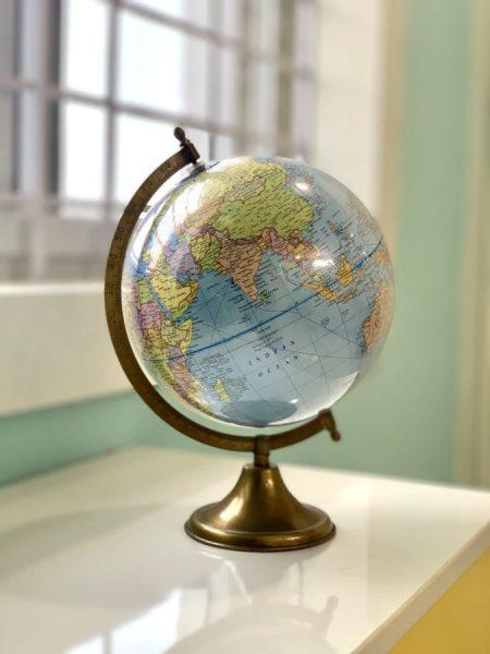 Levitating world globe - Teachers' Day gift ideas Singapore