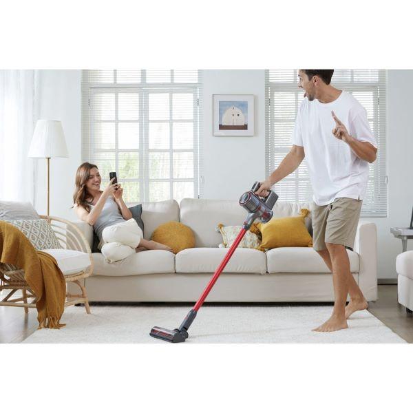clean floor with Roborock H7 Cordless Vacuum Cleaner